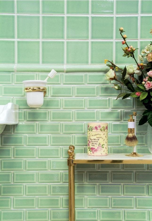 Материалы для ванной комнаты и душевой